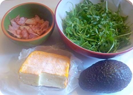 ensalada con jamon cocido aguacate y queso