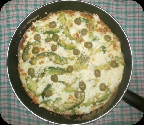frittata_tortilla_aguacate_queso_feta